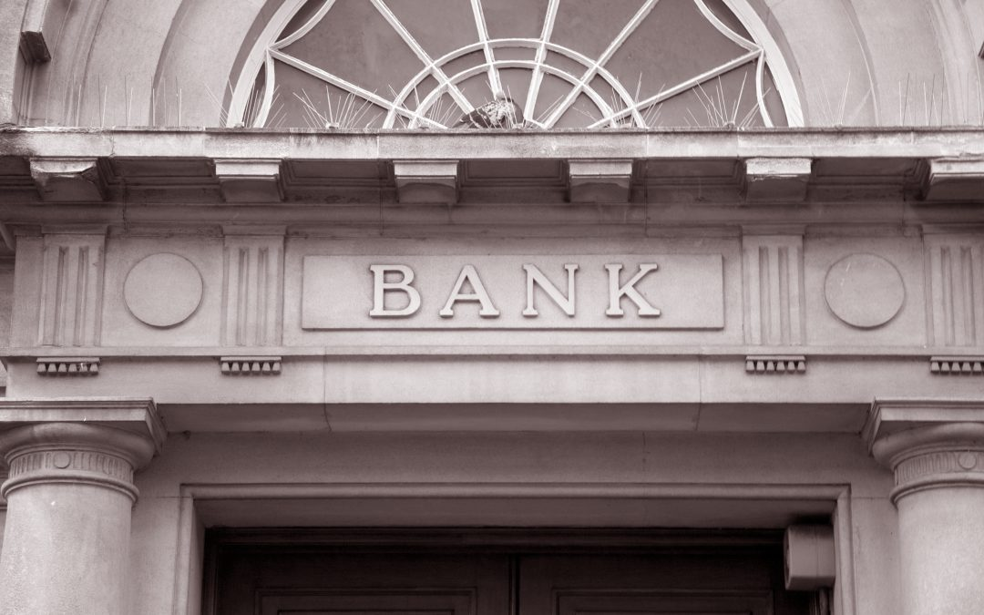 Pros and Cons of a Bank Loans